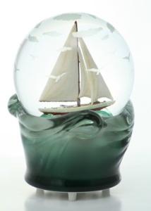 Sea Life Sail Boat Globe 1501203TW